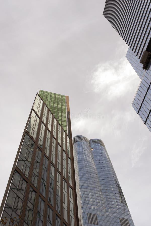 Neue moderne Wolkenkratzer in New York City lizenzfreie stockbilder