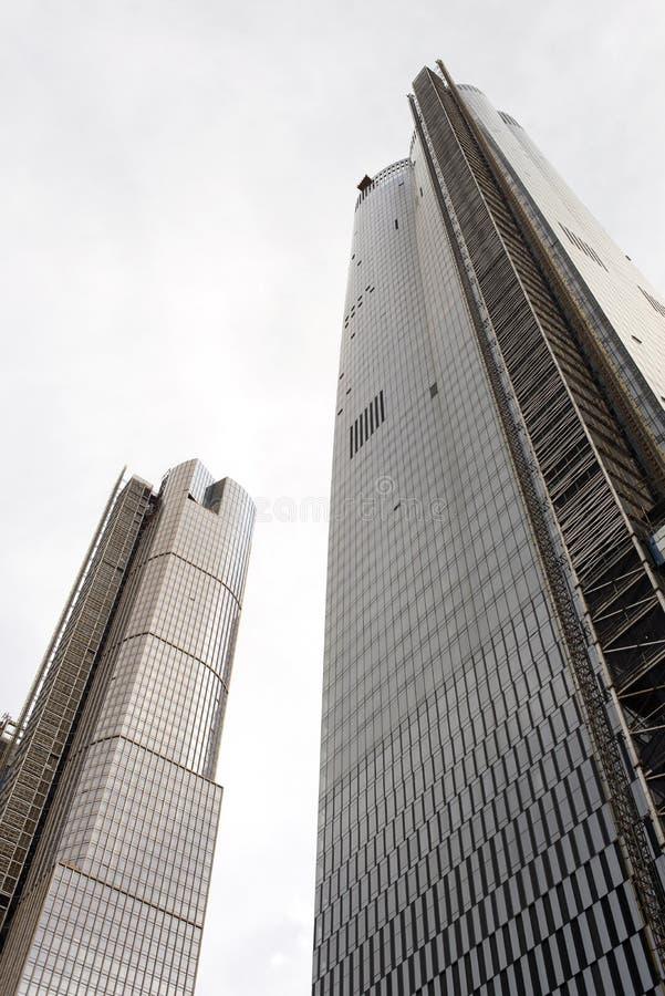 Neue moderne Wolkenkratzer in New York City lizenzfreie stockfotos