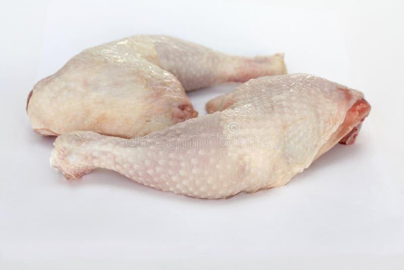 Neue rohe Hühnerbeine lizenzfreie stockbilder