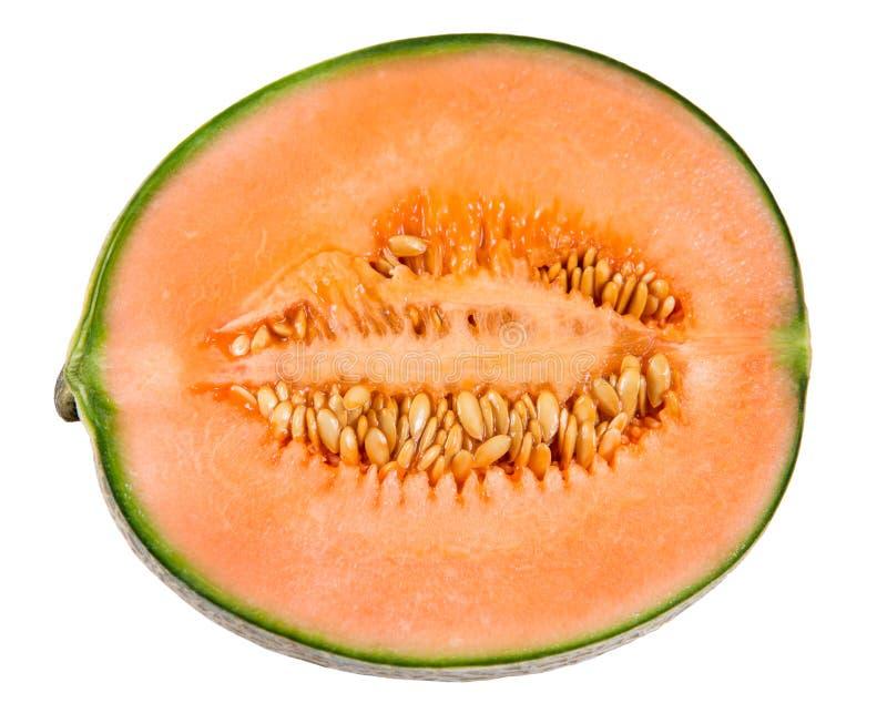 Neue saftige Scheibe der reifen Melonen-Kantalupe lokalisiert auf weißem Hintergrund stockbilder