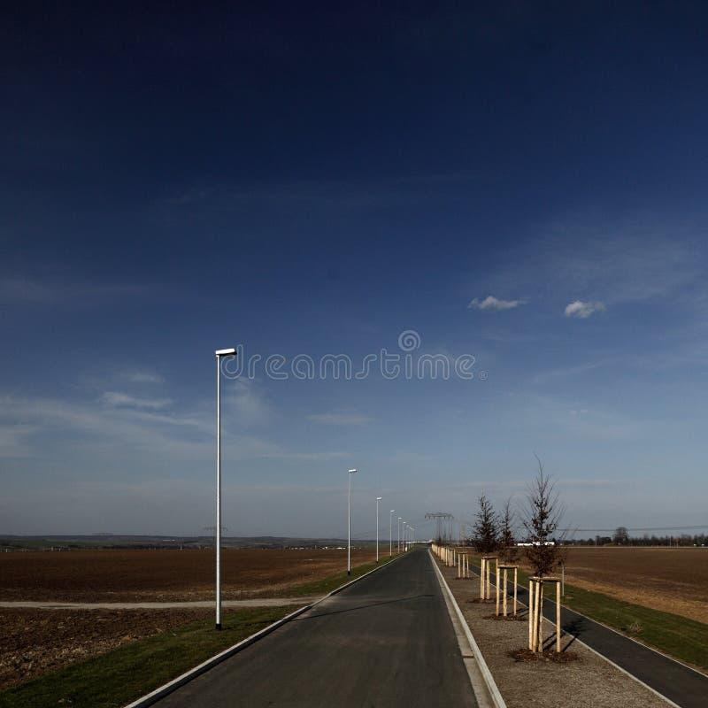 Neue Straße lizenzfreie stockfotografie
