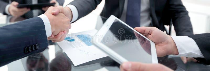 Neue Technologien in der wirtschaftlichen Entwicklung lizenzfreie stockbilder