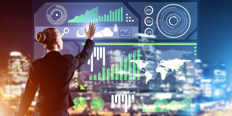 Neue Technologien und Innovationen als Methoden für effektives modernes Geschäft stockfoto