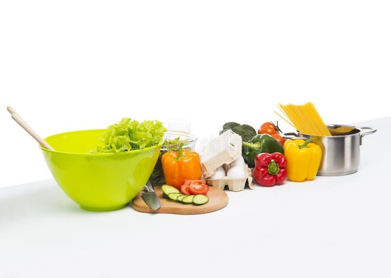 Neue und gesunde Lebensmittelcollage auf Weiß lizenzfreies stockfoto