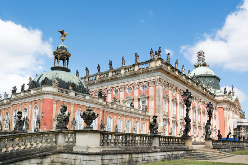 Neuer Palast in Sanssouci-Park, Potsdam, Deutschland stockbilder