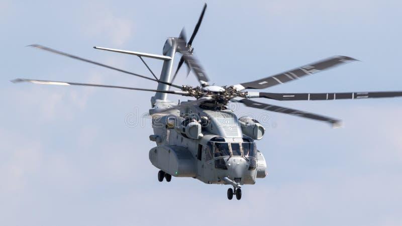 Neuer Sikorsky CH-53K schwerer Transporthubschrauber Königs Stallion lizenzfreie stockfotografie