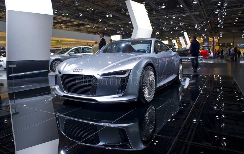 Neues Audi futuristisches Sportauto lizenzfreie stockbilder