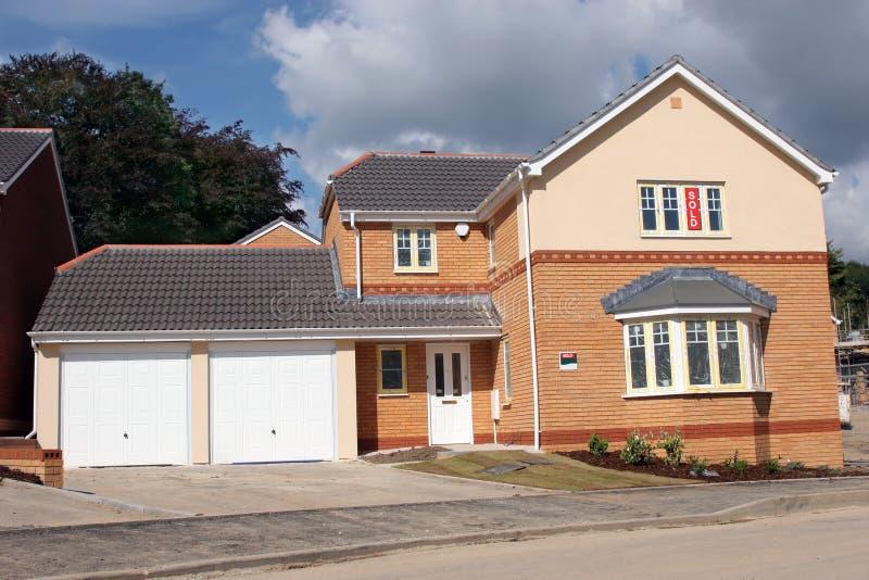 Neues Einzelhaus für Verkauf stockfotos