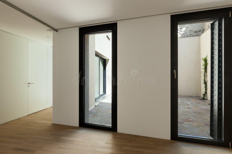 Neues Innenhaus lizenzfreies stockfoto