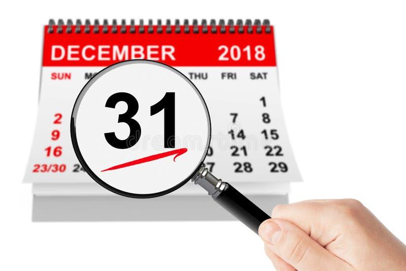 Neues Jahr Eve Concept 31. Dezember 2018 Kalender mit Vergrößerungsglas lizenzfreies stockfoto