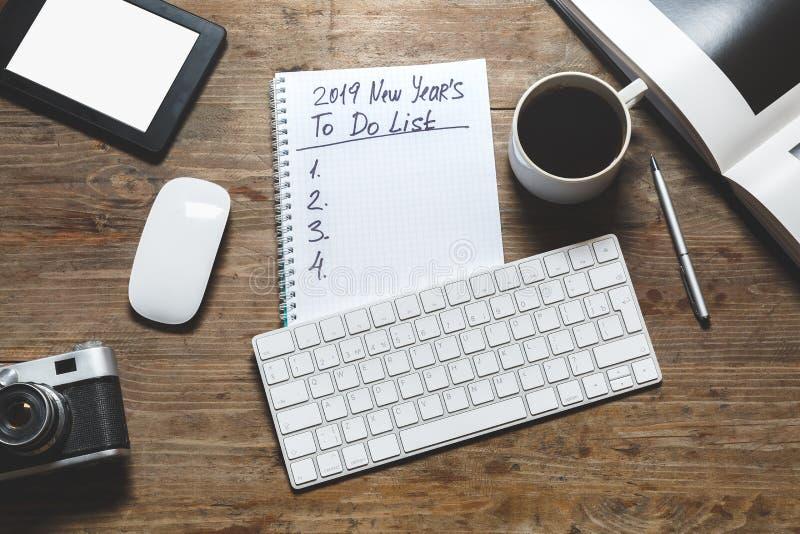 Neues Jahr 2019 Motivations-Konzept Notizblock mit, zum der Liste zu tun stockbilder
