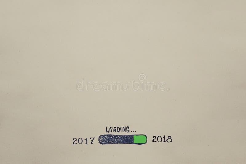 Neues Jahr ` s Eve 2018 wird auf Kraftpapier gemalt fortschritt stockfoto