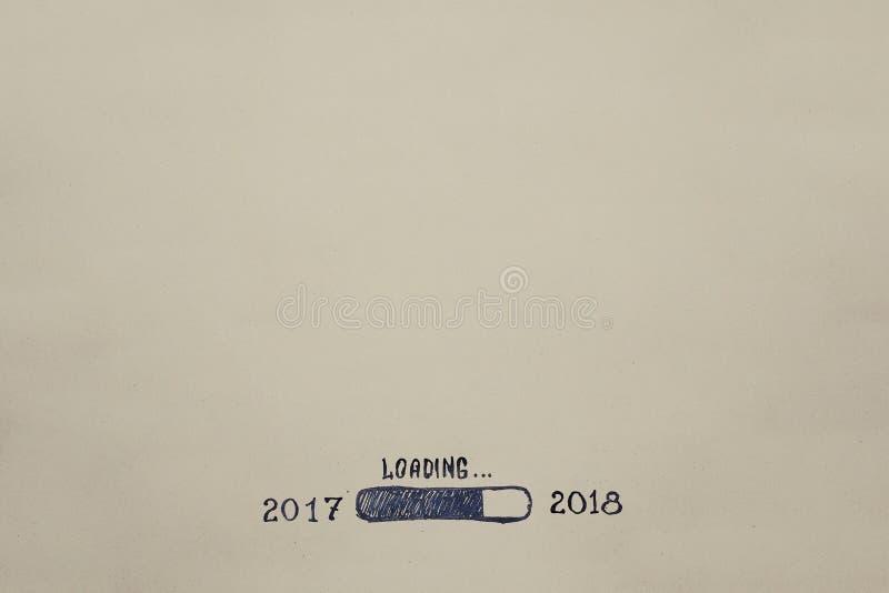 Neues Jahr ` s Eve 2018 wird auf Kraftpapier gemalt fortschritt Abbildung lizenzfreie stockbilder