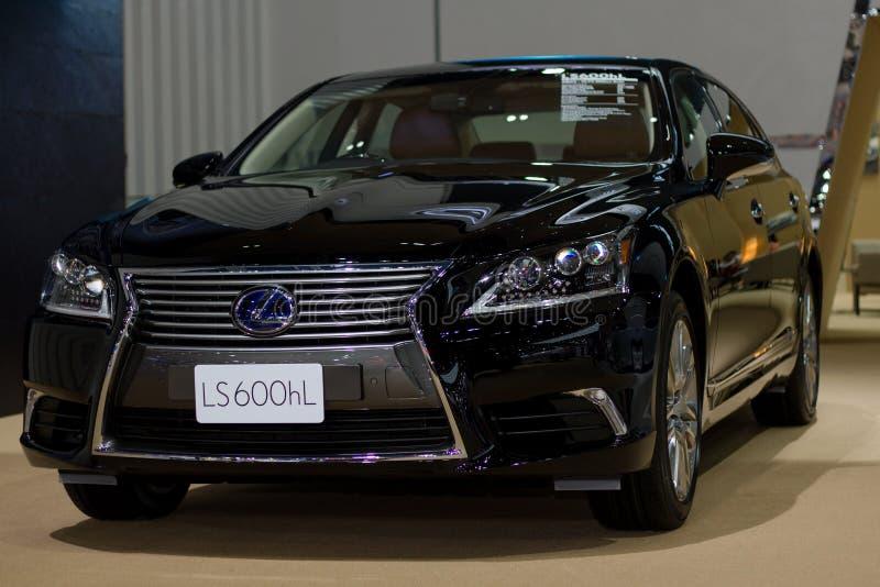 Neues Modell Lexuss vorgestellt in der Autoausstellung lizenzfreie stockfotos