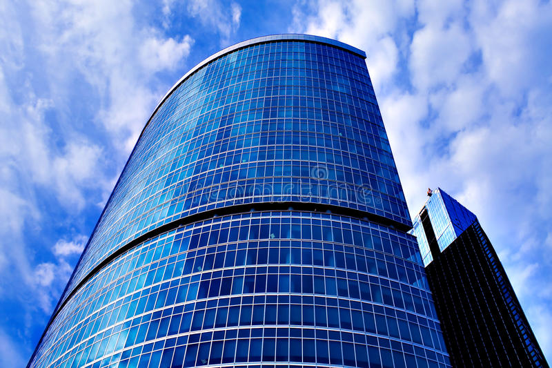 Neues modernes Geschäftsgebäude lizenzfreies stockfoto