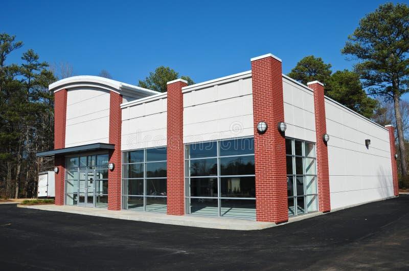 Neues modernes Handelsgebäude stockfotos