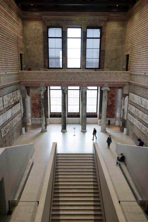 Neues-Museum in Berlin, Deutschland lizenzfreie stockfotografie