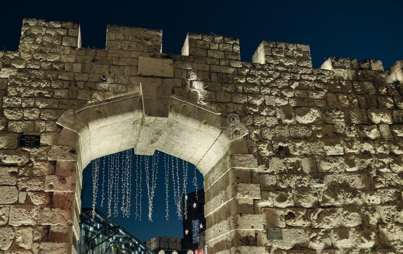 Neues Tor in der Nacht in der Altstadt von Jerusalem , ISRAEL lizenzfreies stockfoto