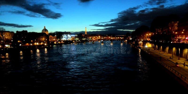 neufparis pont royaltyfri foto