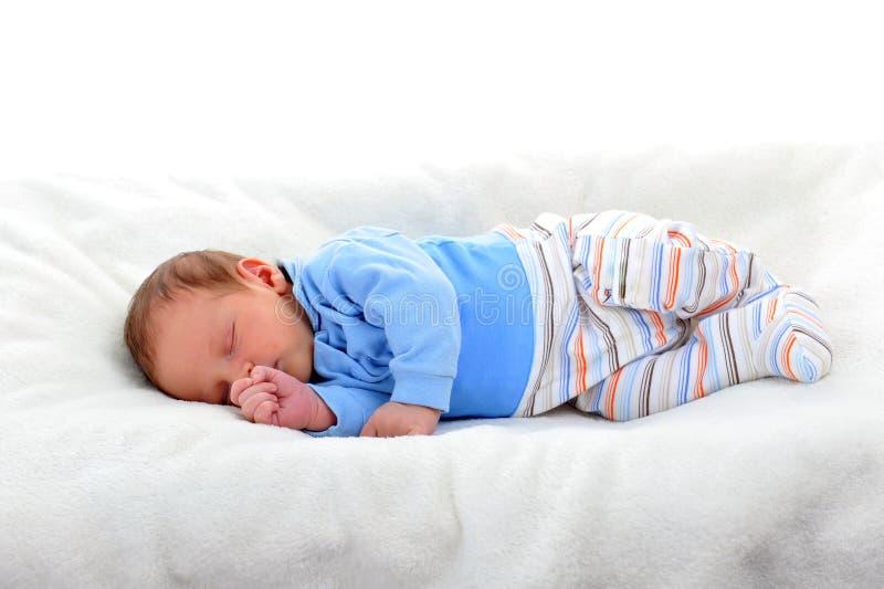 Neugeborenes nettes Schätzchen stockbild