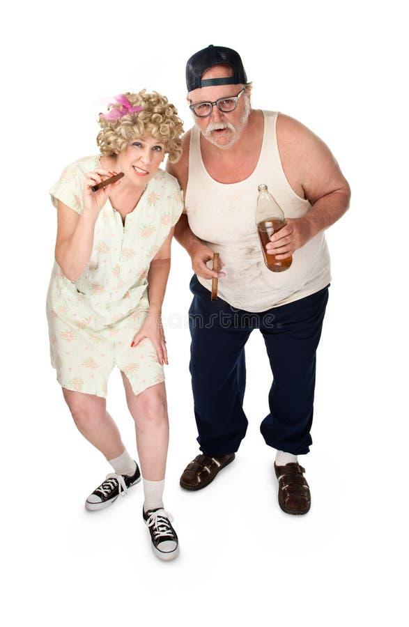 Neugierige ältere Paare stockfotografie
