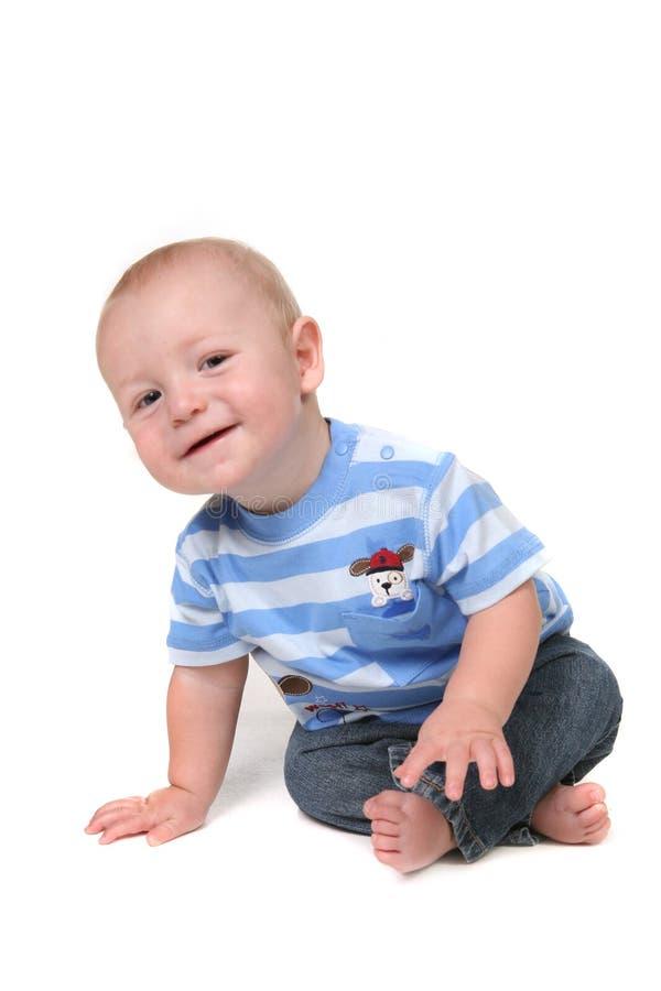 Neugieriges kleines Baby lizenzfreies stockbild