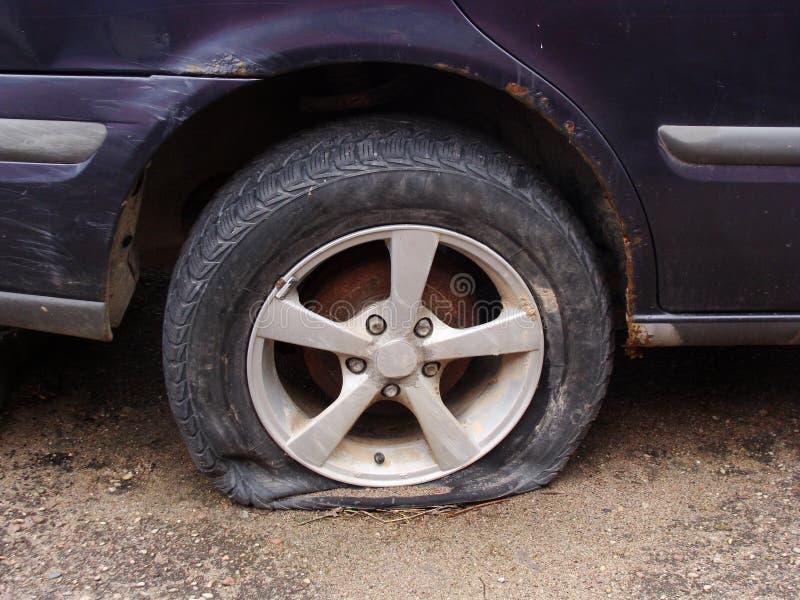 Neumático plano 2 fotografía de archivo