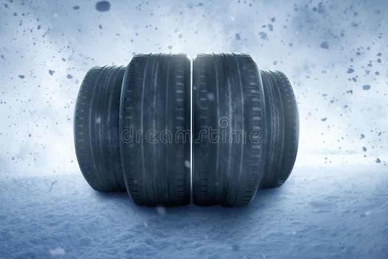 Neumáticos de invierno en una tormenta de nieve imagen de archivo