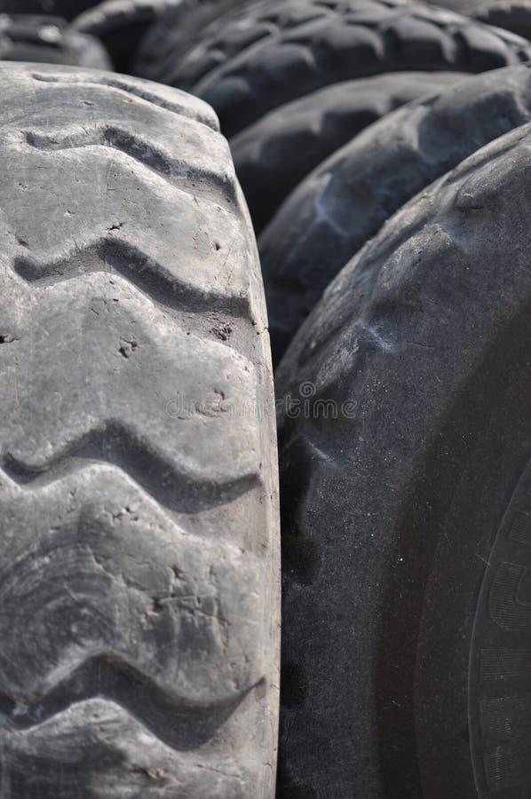 Neumáticos usados imágenes de archivo libres de regalías