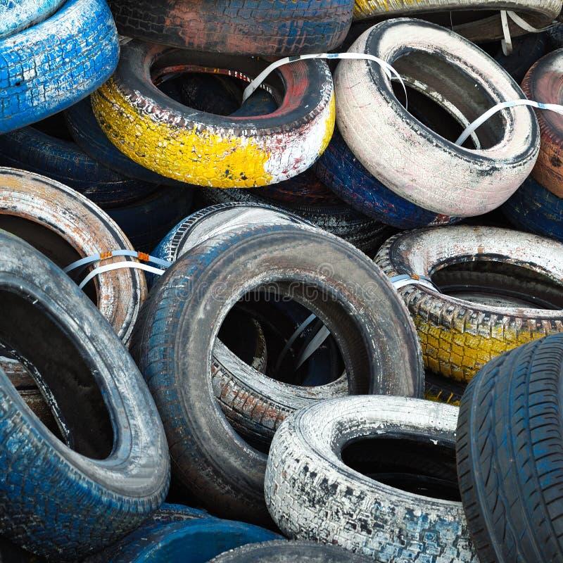 Neumáticos viejos imagen de archivo libre de regalías
