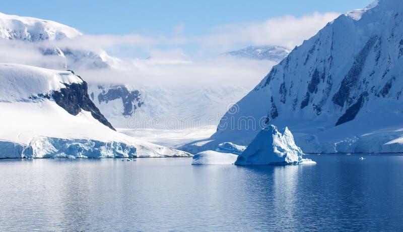 Neumayer海峡,南极洲 免版税库存照片