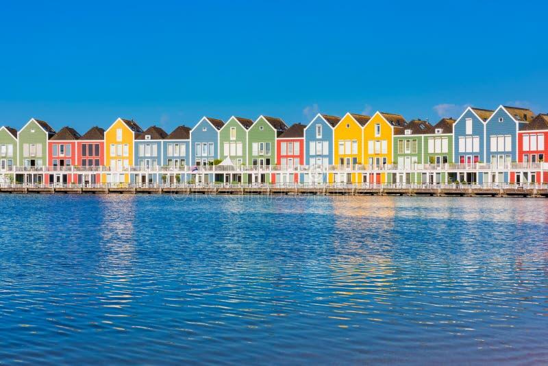 Neuniederländisch-Reihen-Häuser in Houten die Niederlande stockbild
