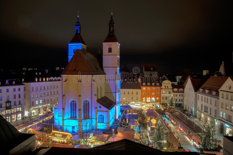 Neupfarrplatz bożych narodzeń rynek w bavaria Germany zdjęcie royalty free