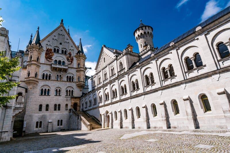 Neuschwanstein Burg New Swanstone lizenzfreie stockbilder