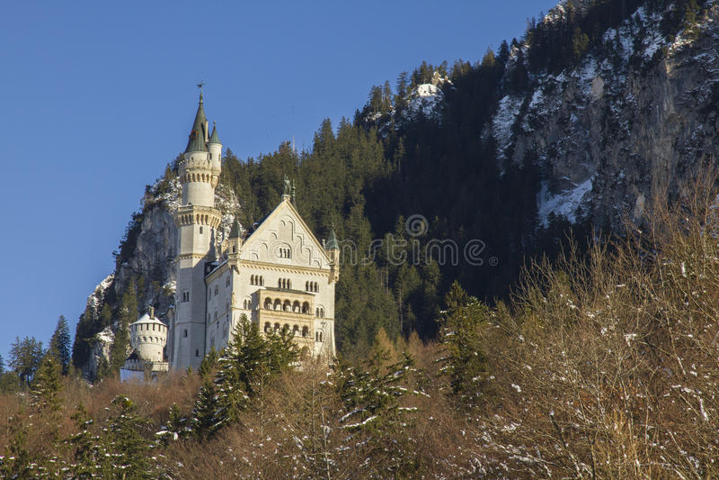 Download Neuschwanstein Kasztel W Zimie Zdjęcie Stock - Obraz złożonej z romans, niemiec: 28954894
