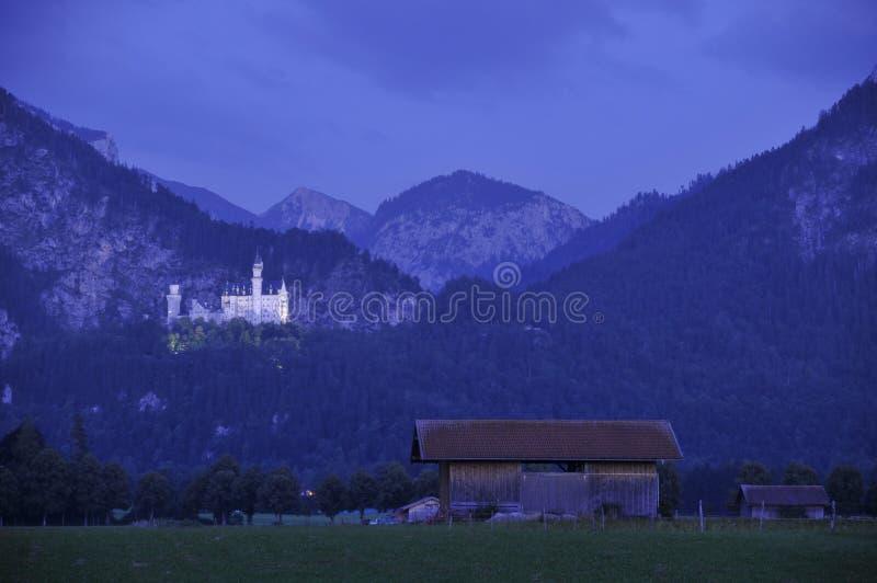 neuschwanstein noc zdjęcia royalty free