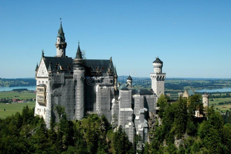 Download Neuschwanstein slott fotografering för bildbyråer. Bild av bavaria - 27284231