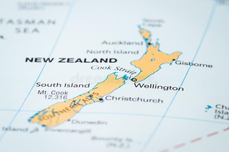 Neuseeland auf einer Karte lizenzfreie stockfotografie