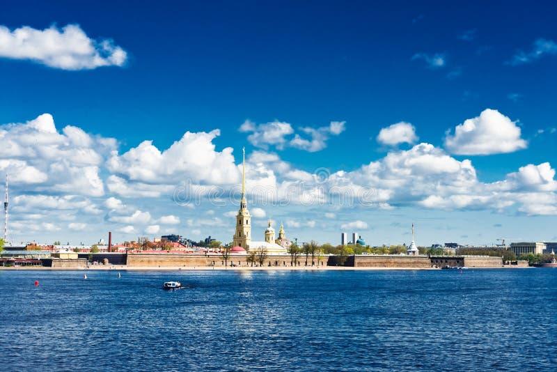 Neva河的视图 圣彼德堡 库存照片