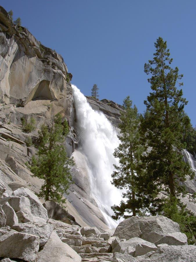 Nevada cae en Yosemite 2 fotografía de archivo libre de regalías