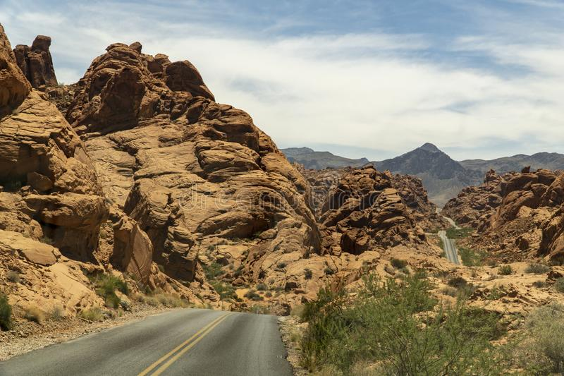 Nevada langs de weg door de vallei van brand royalty-vrije stock foto's