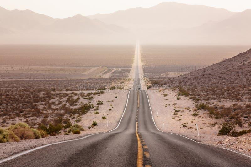 Nevada Road alla morte Vally fotografia stock