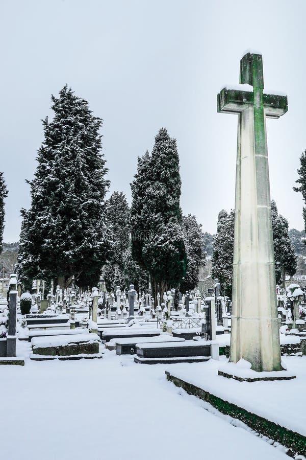 Nevar no St Jose do cemitério Burgos imagem de stock