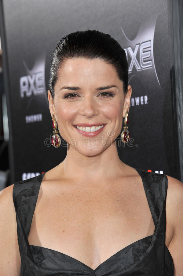 Download Neve Campbell editorial image. Image of world, paul, smith - 26912095