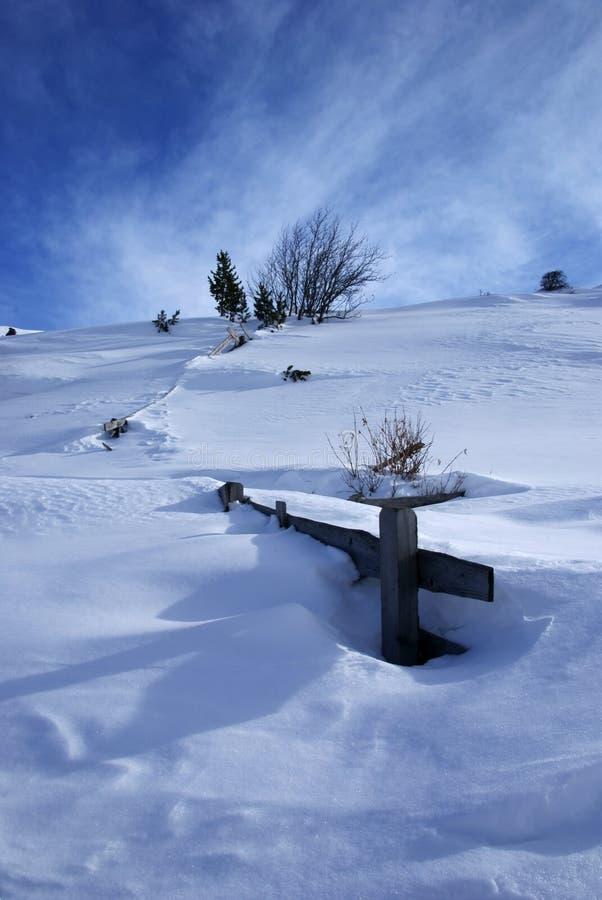 Neve e céu fotos de stock royalty free