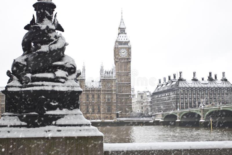 Neve em Londres foto de stock royalty free