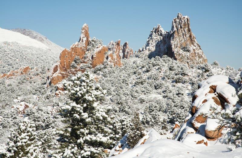 Neve no jardim dos deuses foto de stock royalty free