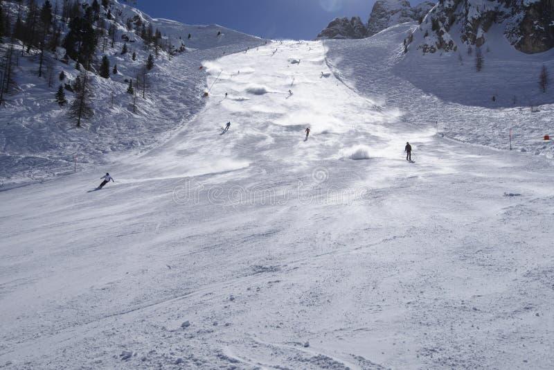 A neve nubla-se na corrida de esqui íngreme #3, Arabba fotos de stock royalty free