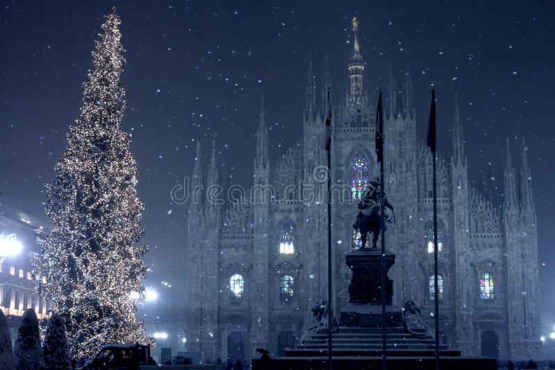 Neve su Milano fotografia stock libera da diritti