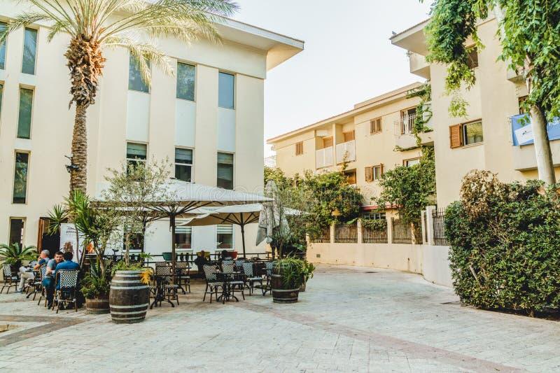 Neve-Tzedek byggnader i Tel Aviv Jaffa Gammalt ställe för turism royaltyfri bild